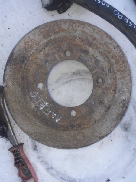 Тормозной барабан Mitsubishi Libero CD2V CD5W 4G93 1993