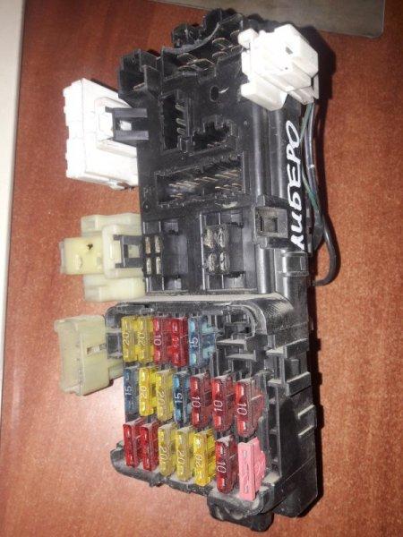 Блок предохранителей Mitsubishi Libero CD2V CD5W 4G93 1993