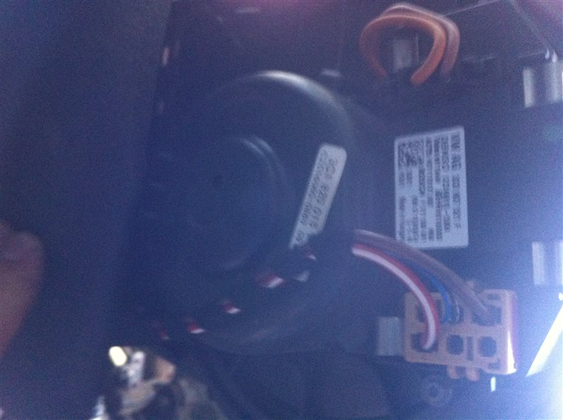 Мотор печки Volkswagen Tiguan 5N2 2.0TFSI 2014