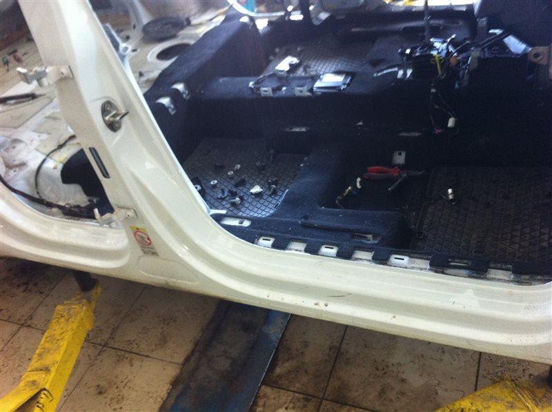 Порог кузовной Volkswagen Tiguan 5N2 2.0TFSI 2014 передний правый