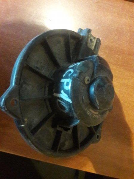 Мотор печки Toyota Vitz SCP10 SCP13 2002