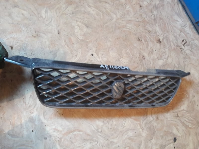 Решетка радиатора Toyota Sprinter AE110 AE111 AE114 4AFE 1997