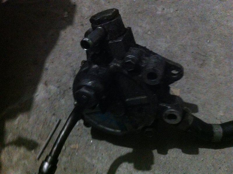 Вакуумный насос Nissan Pathfinder 51 2010