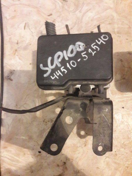 Блок abs Toyota Ractis SCP100 2005