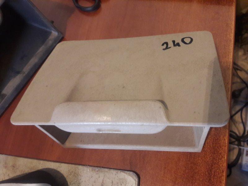 Бардачок карман Toyota Premio ZZT240, ZZT245, AZT240, NZT240 1NZFE, 1ZZFE, 1AZFE 2003