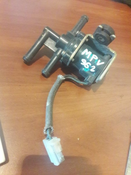 Электромагнитный клапан Mazda Mpv LVEW, LVLR, LVLW WL 1996