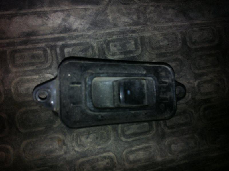 Кнопка стеклоподъемника Subaru Outback BG 1997 задняя