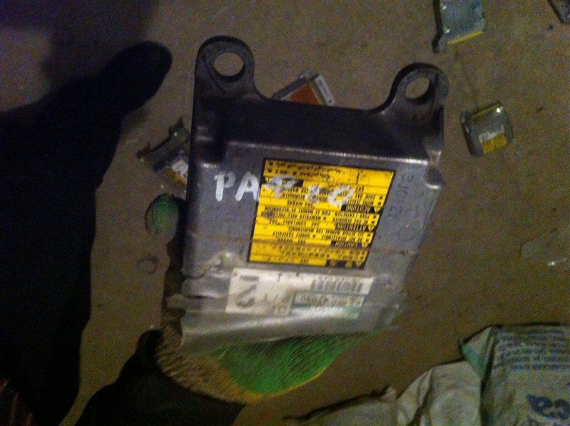 Блок управления airbag Toyota Rav4 20