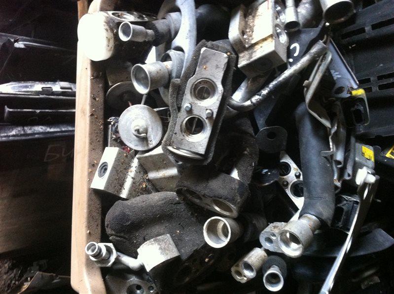 Клапан кондиционера Toyota