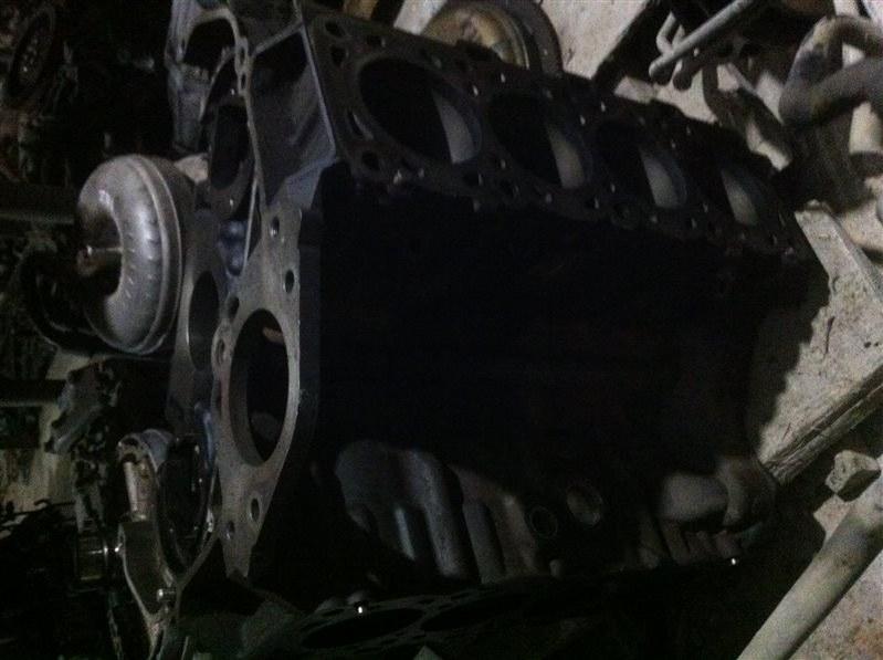 Блок двигателя Toyota Land Cruiser 200 1VD 2011