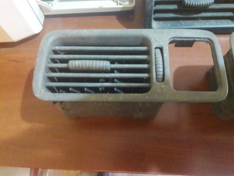 Дефлектор. регулятор воздушного потока Honda Crv RD1 B20B 1999