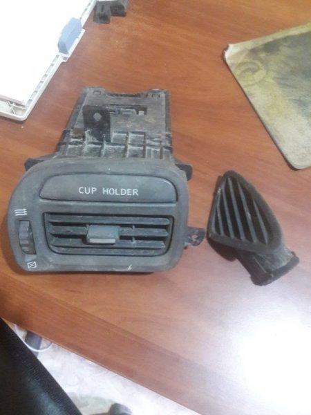 Дефлектор. регулятор воздушного потока Nissan Cefiro A33 VQ25DE 2000
