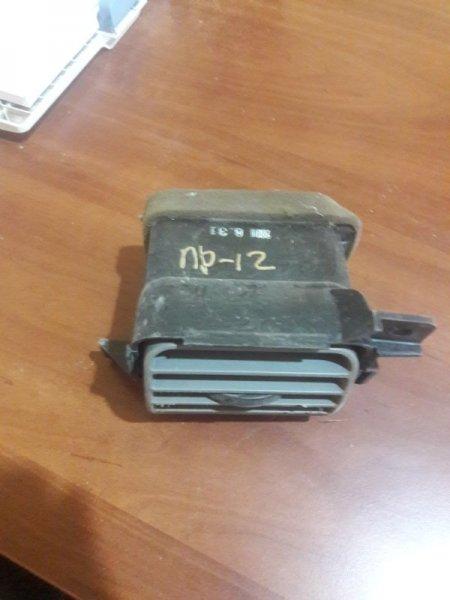 Дефлектор. регулятор воздушного потока Nissan Primera TP12, QP12 QR20DE 2003