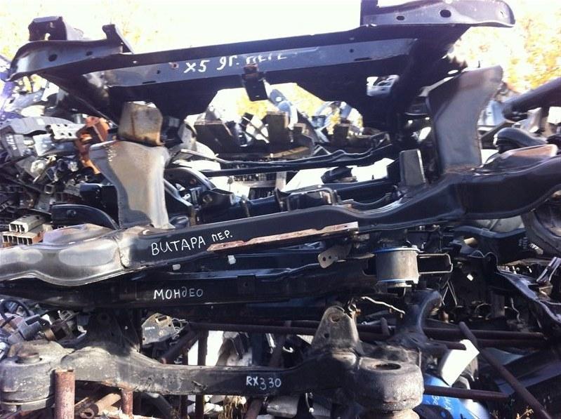 Балка подвески Suzuki Grand Vitara 54 передняя