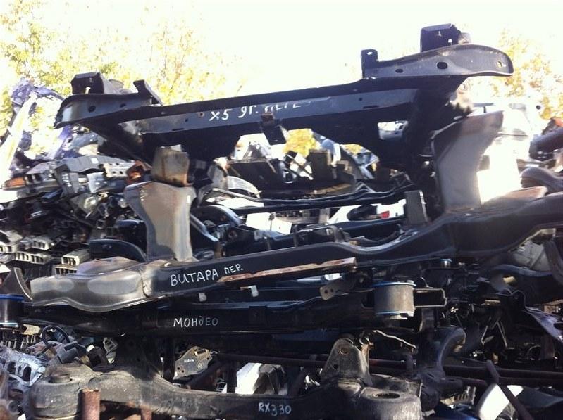 Балка подвески Lexus Rx330 30 передняя