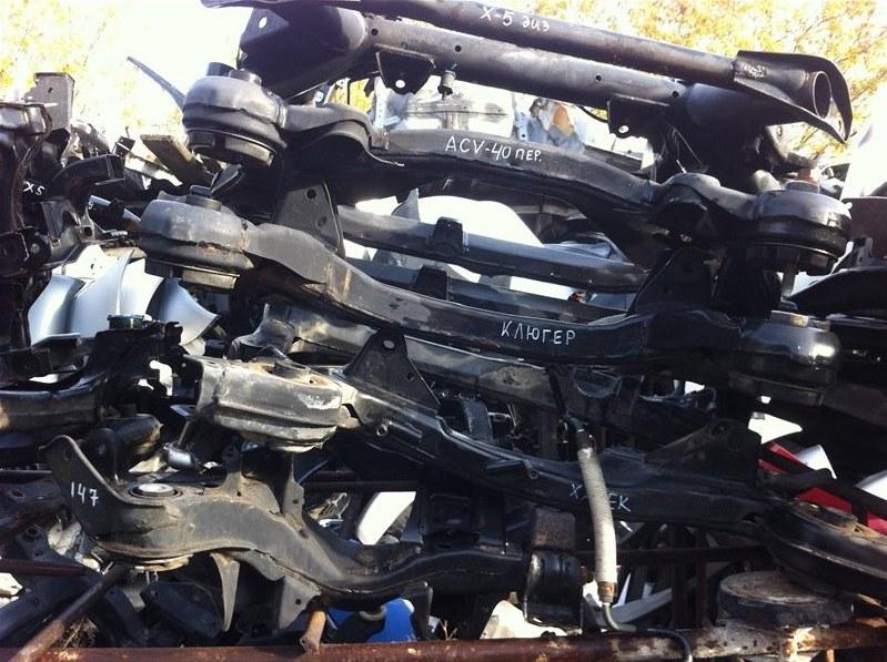 Балка подвески Toyota Aristo JZS147 передняя