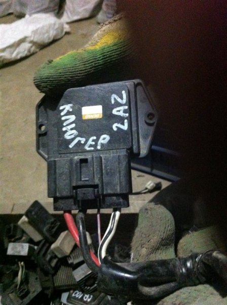 Резистор реостат отопителя печки Toyota Kluger 20 2AZ