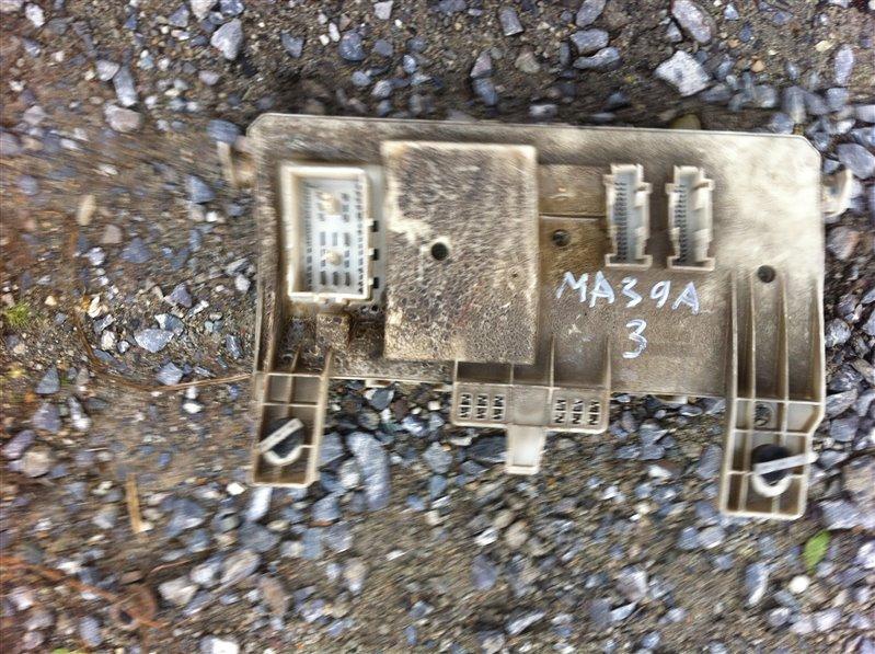 Блок предохранителей Mazda 3