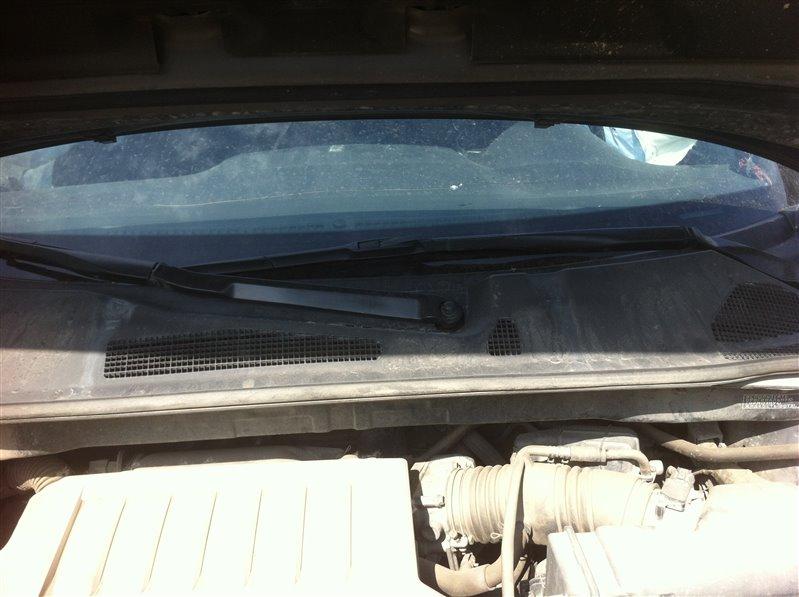 Держатель щетки стеклоочистителя (поводки дворников) Toyota Highlander GSU45. GSU40 2GR 2012