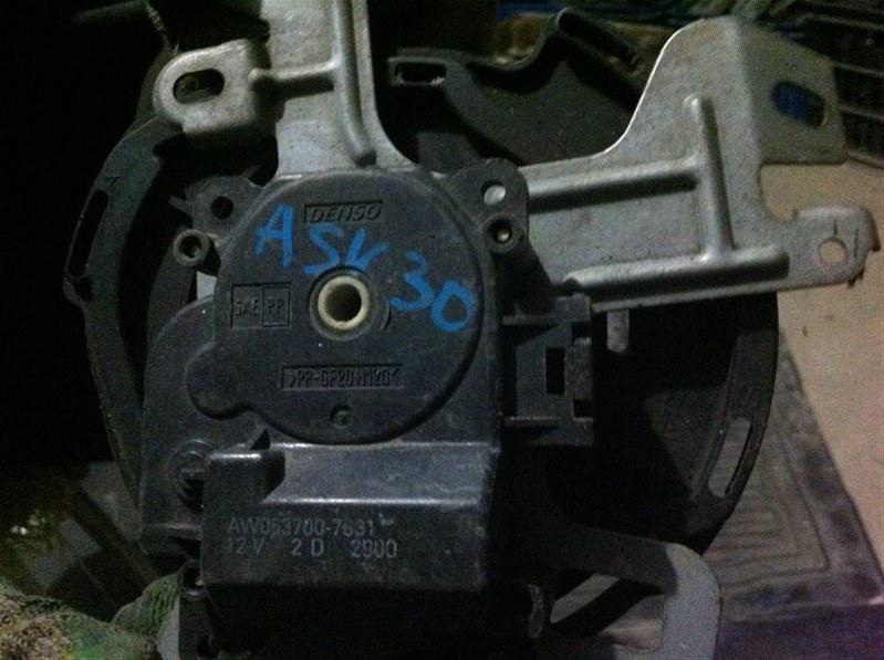 Сервопривод заслонок печки Toyota Camry ACV30