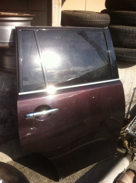 Стекло двери Nissan Patrol 62 VK56VD заднее правое