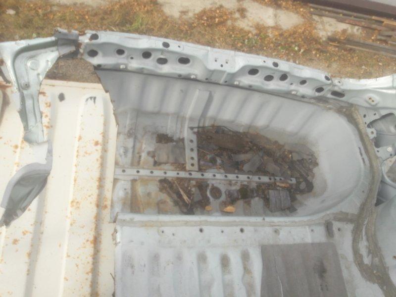 Полка багажника (задняя панель) Toyota Ipsum ACM21, ACM26 2AZFE 2002