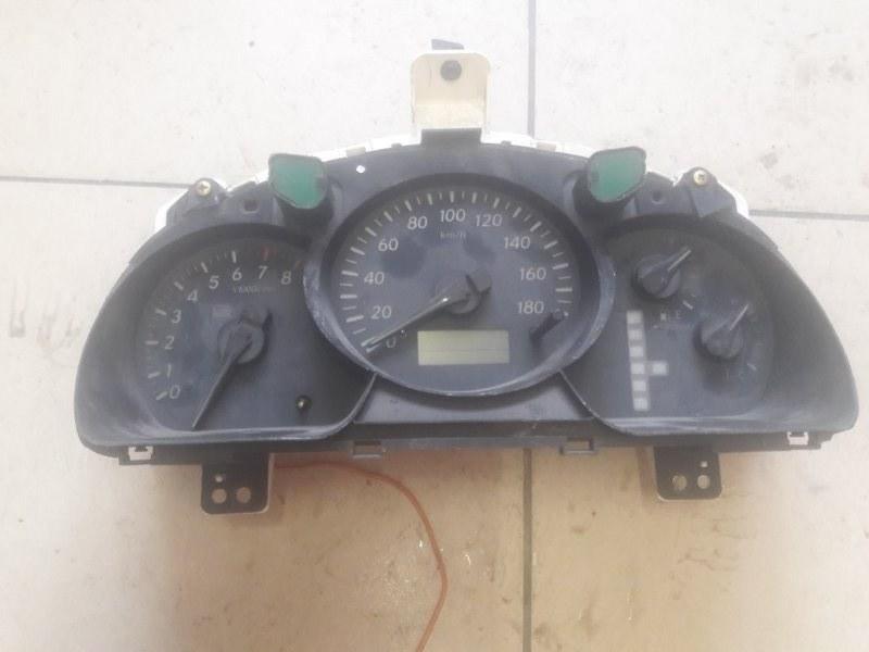 Щиток панель приборов Toyota Kluger 20