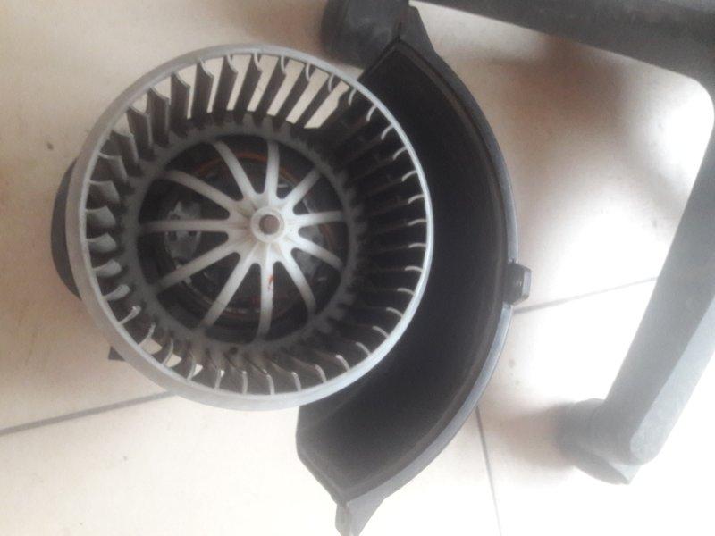 Мотор печки Audi Q7 4L