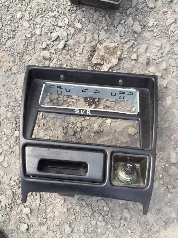 Рамка магнитолы Mitsubishi Rvr N23W 4G63 1996