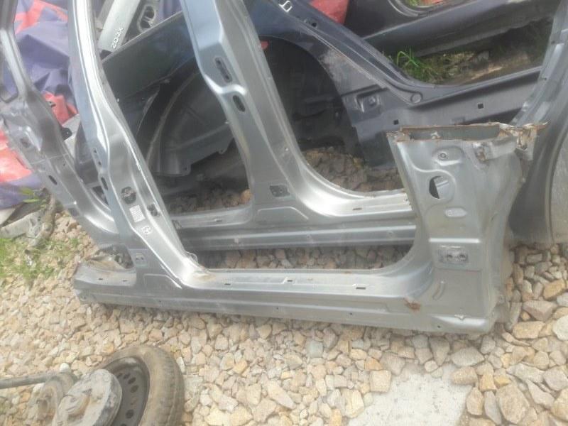 Порог кузовной Nissan Tiida Latio SC11 HR15 2005 правый