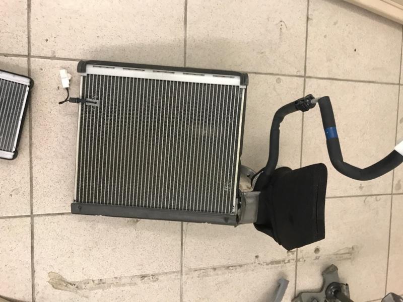 Радиатор кондиционера Lexus Lx570 200 3UR 2012