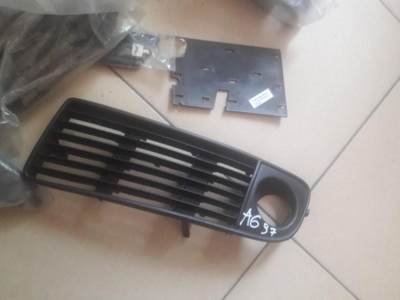 Заглушка бампера Audi A6 С5 2000