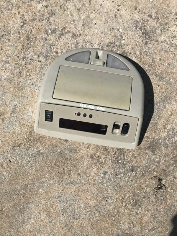 Плафон подсветки светильник салона Infiniti Qx56