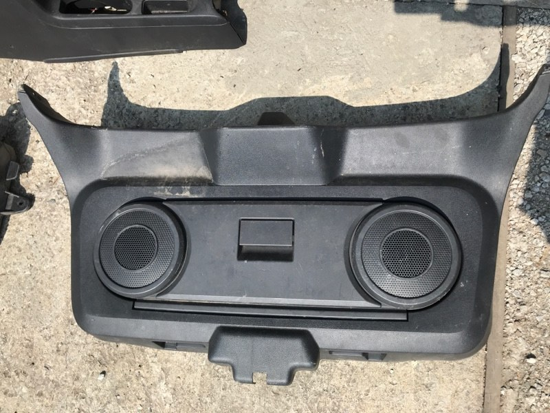 Обшивка пластик накладка багажника Dodge Caliber PM ECN 2012