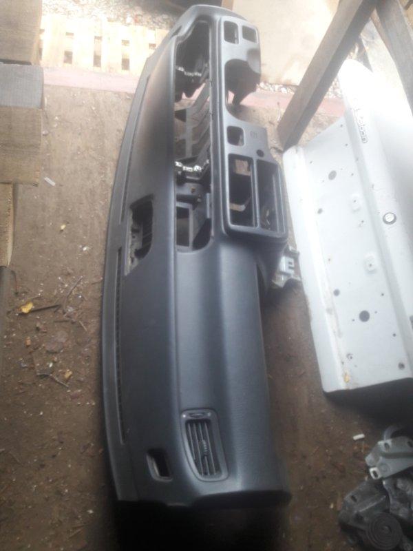Торпедо Honda Civic Ferio EG8 D15B 1993