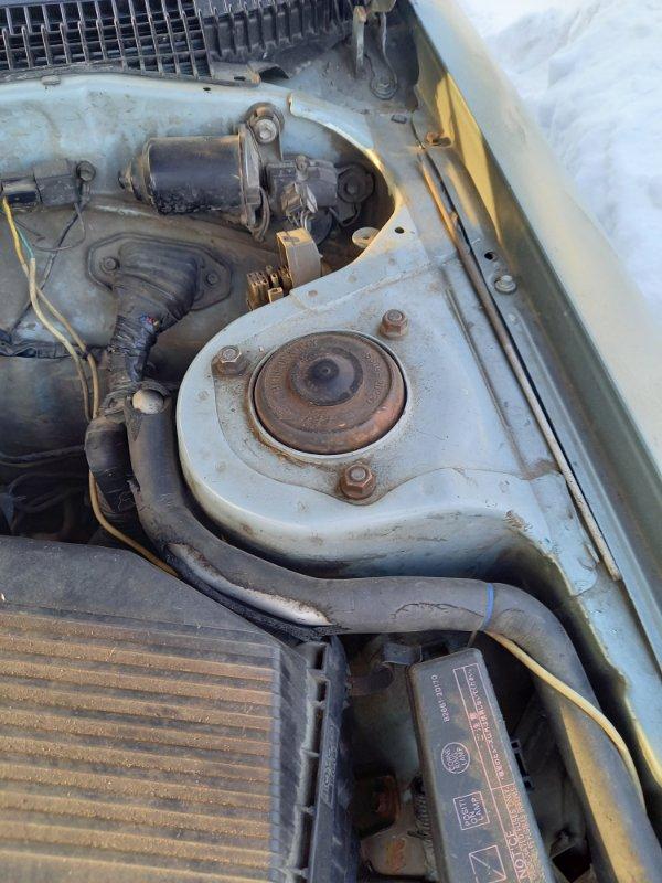 Стойка подвески Toyota Carina AT170 5AFE 1991 передняя