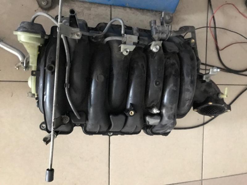 Коллектор впускной Lexus Lx570 200 3UR 2012