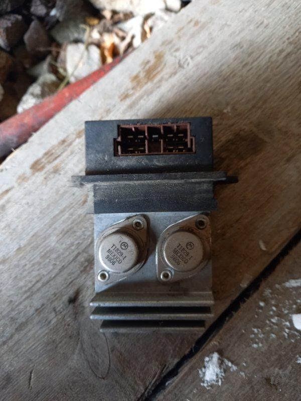 Резистор реостат отопителя печки Opel Vectra 31, 35 X20XEV 1999