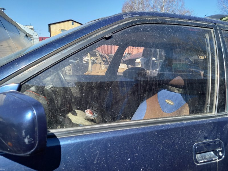 Стекло двери Nissan Avenir PNW10 SR20DE 1995