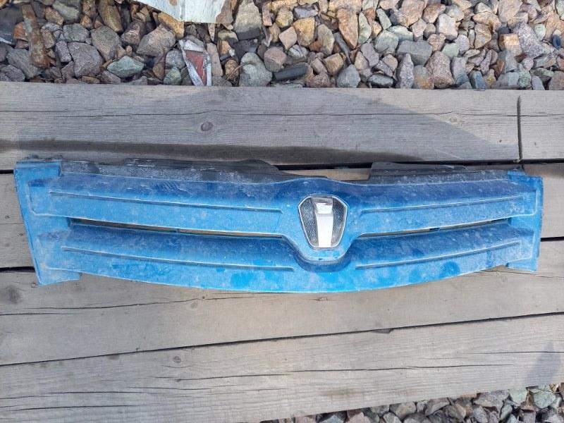 Решетка радиатора Toyota Ist NCP61 2NZFE 2003