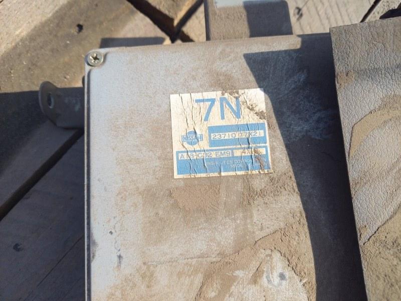 Блок управления двс, бортовой компьютер Nissan Avenir PNW10 SR20DE 1995