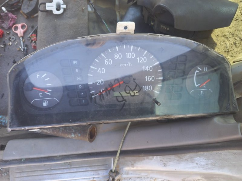 Щиток панель приборов Nissan Sunny FB15, FNB15 QG15DE, QG13DE 2001