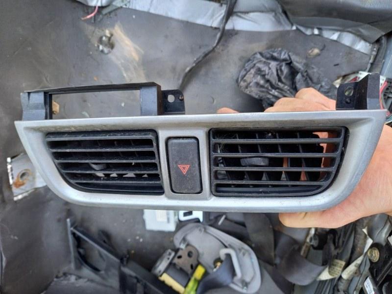 Дефлектор. регулятор воздушного потока Subaru Impreza GG2, GG EJ15 2001