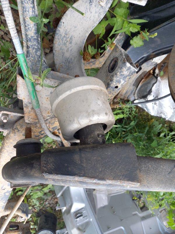 Подушка двигателя Opel Vectra 31, 35 X20XEV 1999