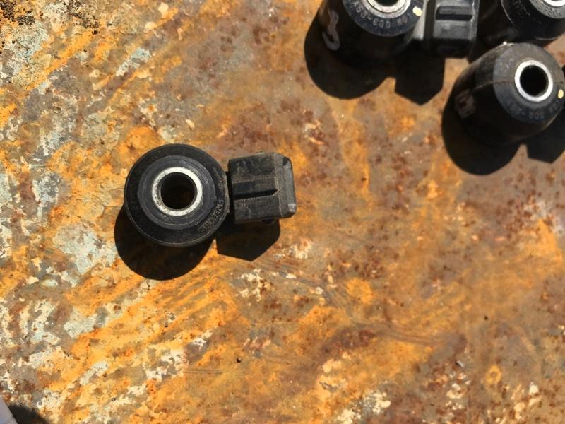 Датчик детонации Nissan QR25