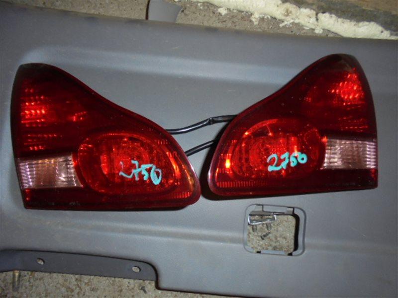 Стоп-вставка Toyota Ipsum ACM26 2AZ 2001 правая