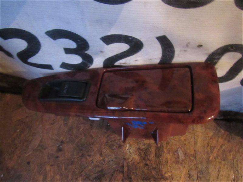 Блок управления стеклоподъемниками Toyota Crown Majesta UZS171 1UZ-FE 1999 задний левый