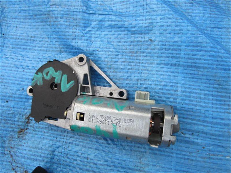 Моторчик люка Bmw X5 E53 M54B30 2004