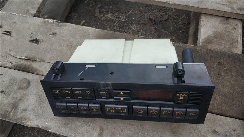 Блок управления климат-контролем Mitsubishi Pajero V46W 4M40 1994