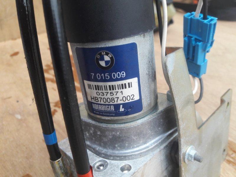 Насос гидравлический крышки багажника Bmw 7-Series E65 N62B44A 2003